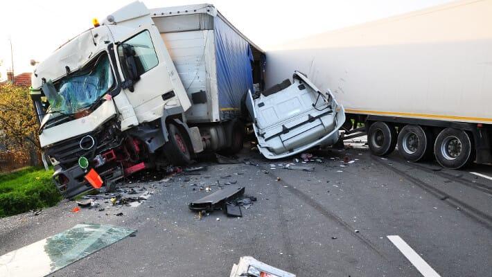 Верховный суд — ущерб от ДТП платит лицо, сидевшее за рулем