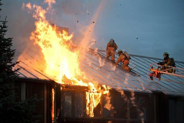 Подожгли частный дом