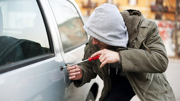 Угнали машину: что делать автомобилисту